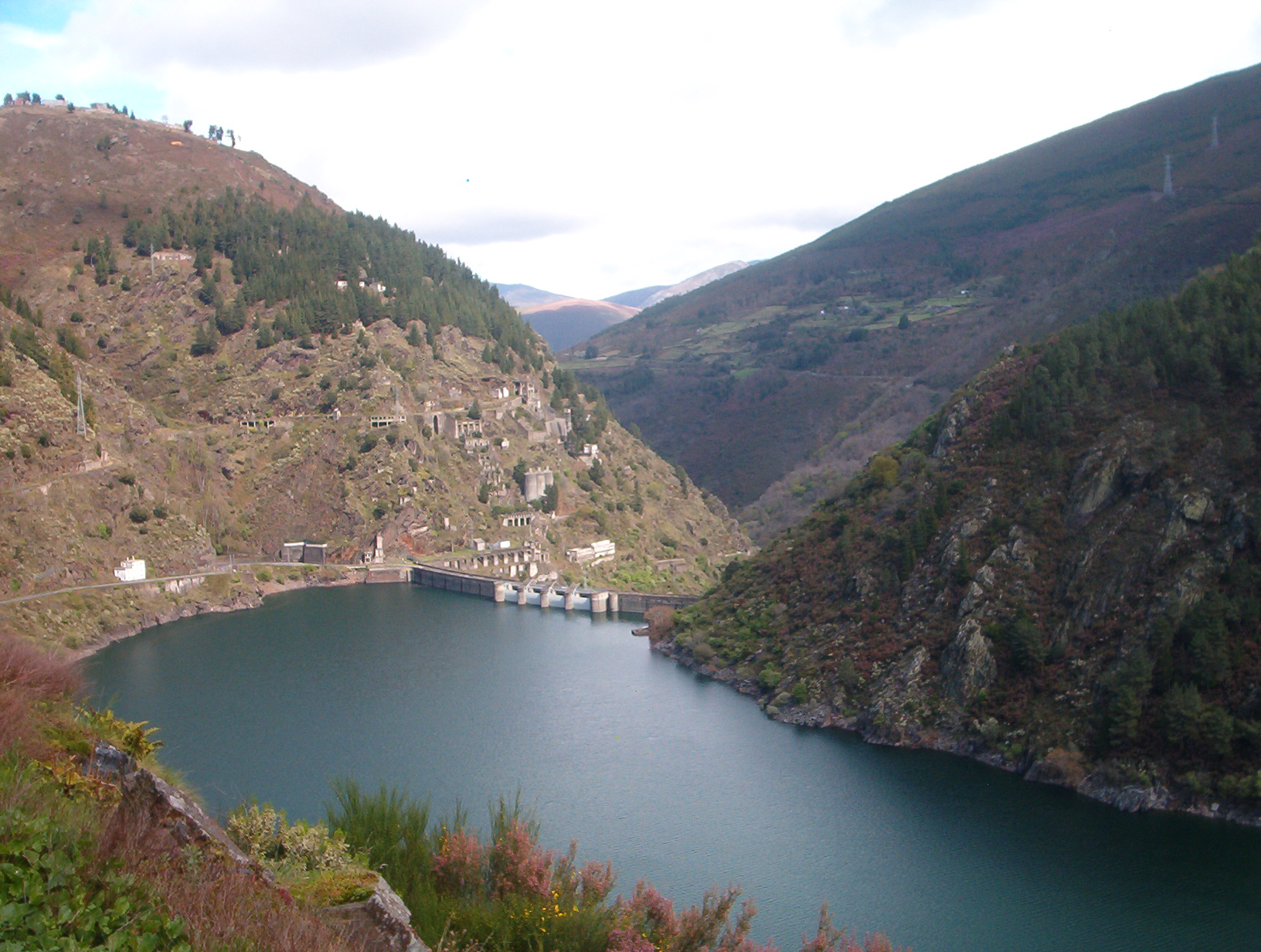 The Dam & Reservoir